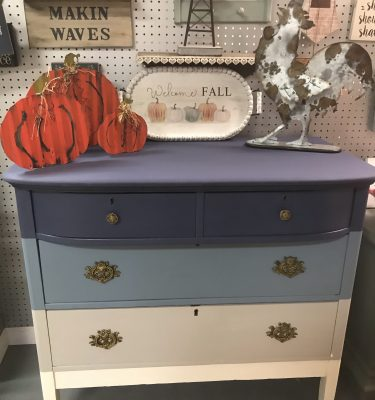 Ombre-Style Oak 4-Drawer Dresser